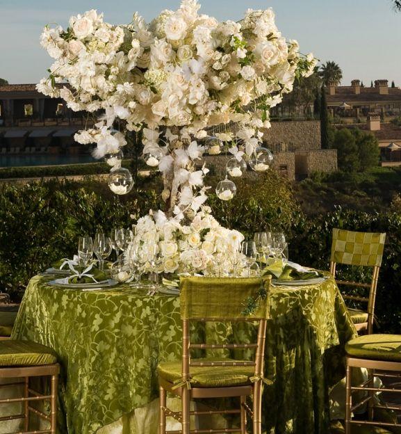 EXTRAVAGANT WEDDING RECEPTIONS IDEAS