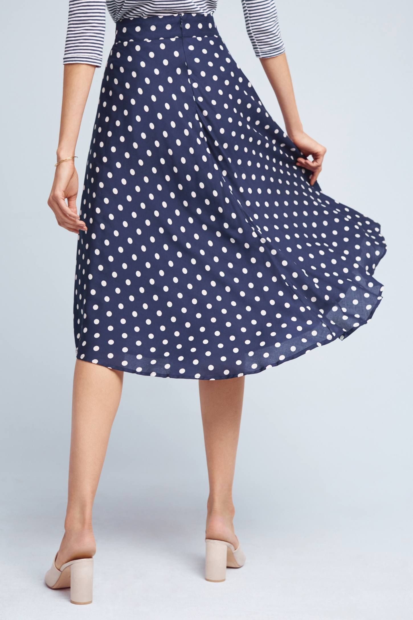 Tandy Skirt, Can Navy be my monochrome palet? Because I have/like a lot of navy. Often with polka dots now that I think of it. Anthropologie 118$