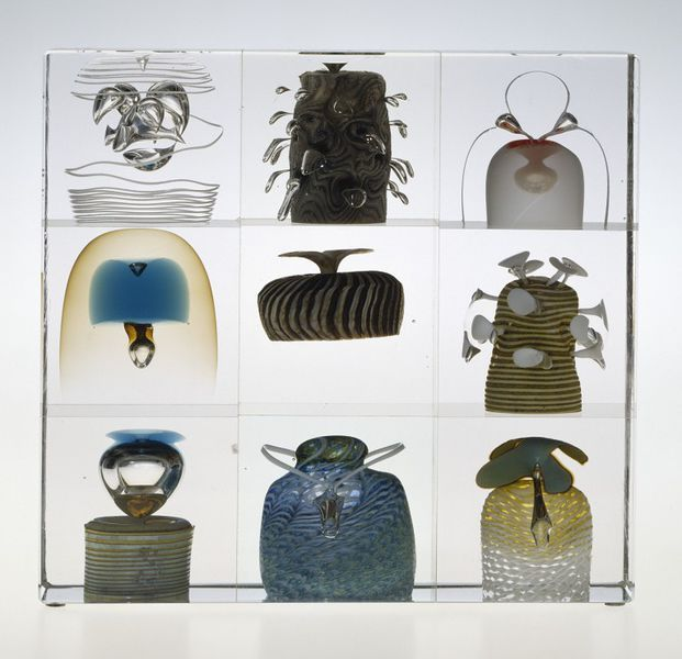 Year cubes; Vuosikuutiot, Toikka, Oiva, born 1931 (artist) Nuutajarvi Glassworks (manufacturer), 1977-1987 (made)