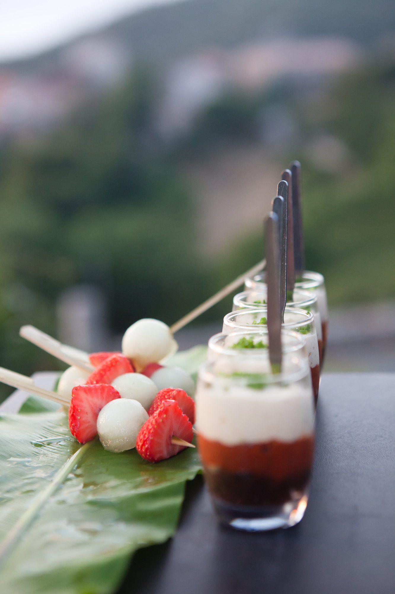 Petites crèmes de parmesan et tartare de tomates en verrines #verrinessalees