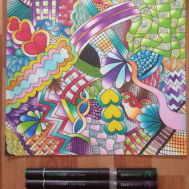 awesome colourful zentangle drawing created by amandadenoordxx