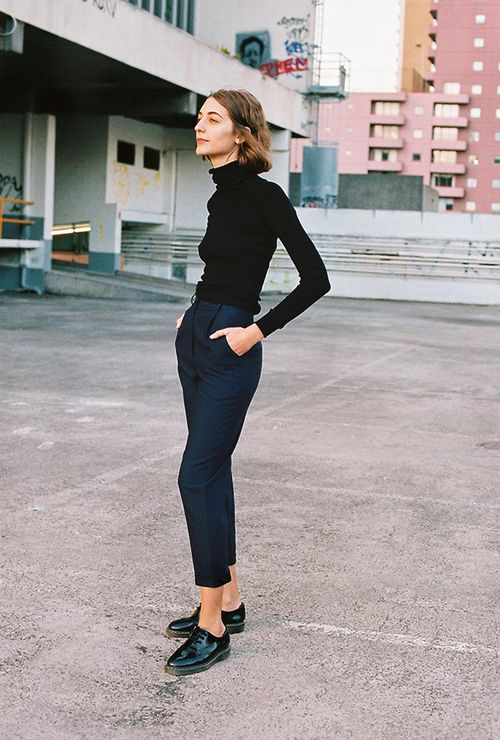 2b0d411555 Thin turtleneck   cropped trousers with loafers or brogues