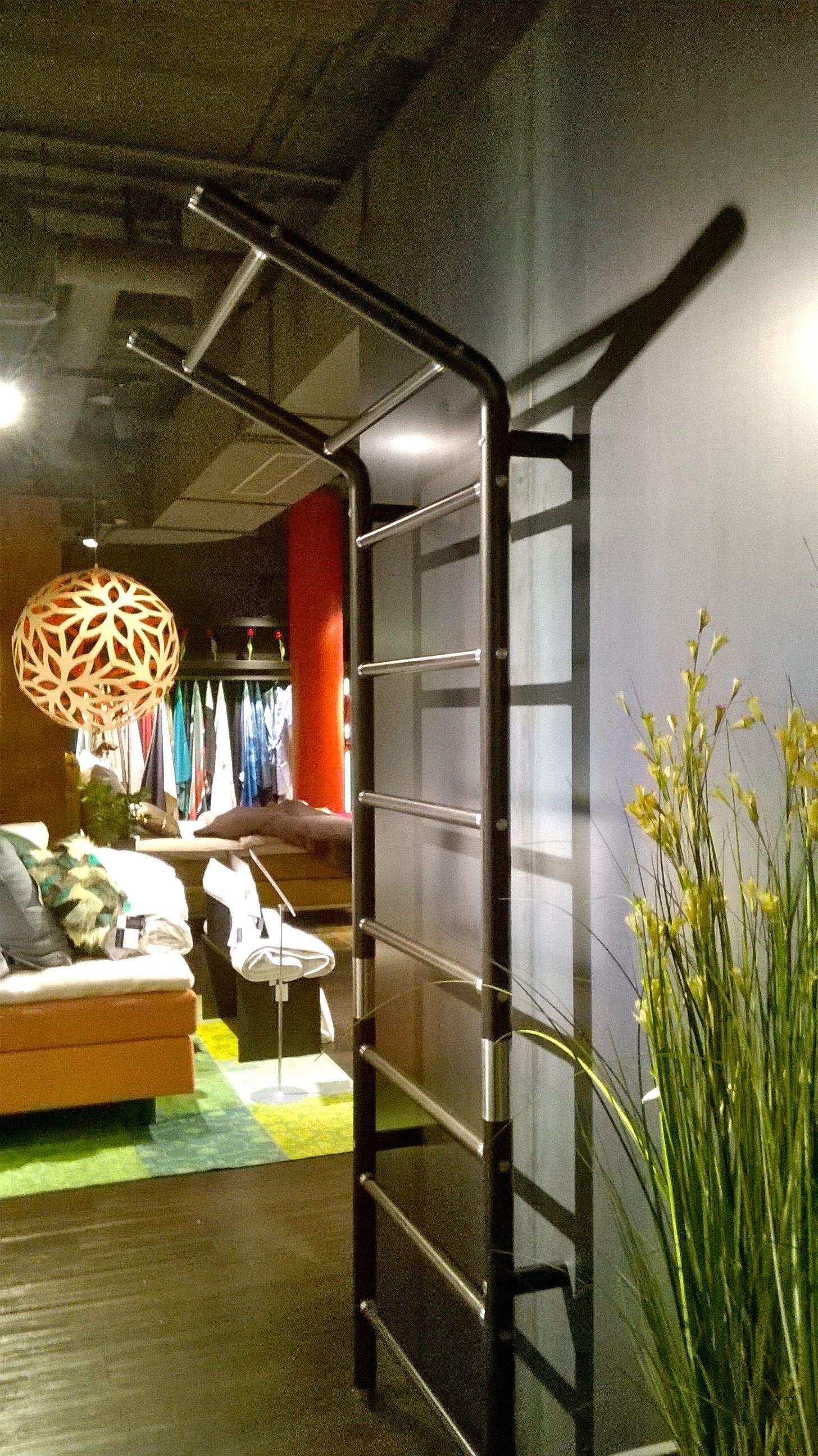 Luxus Design Sprossenwand maxwall aus Holz und Edelstahl. Die ...