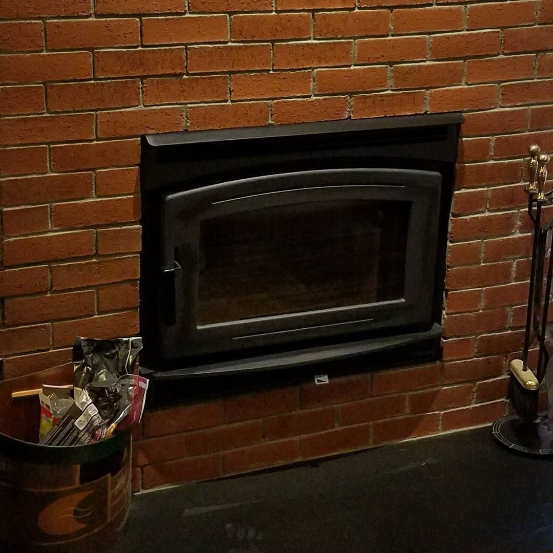 zero clearance high efficiency wood fireplace with brick surround rh pinterest com