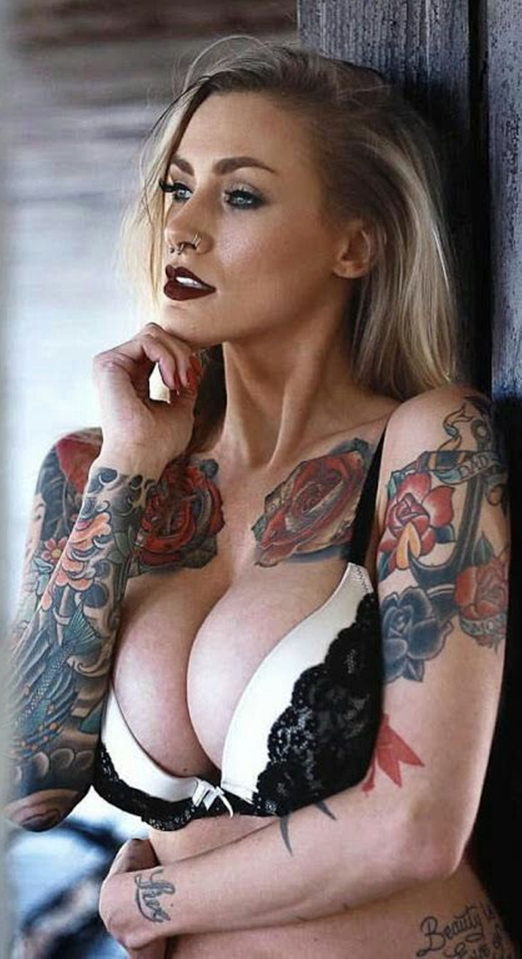 sexy females and ink