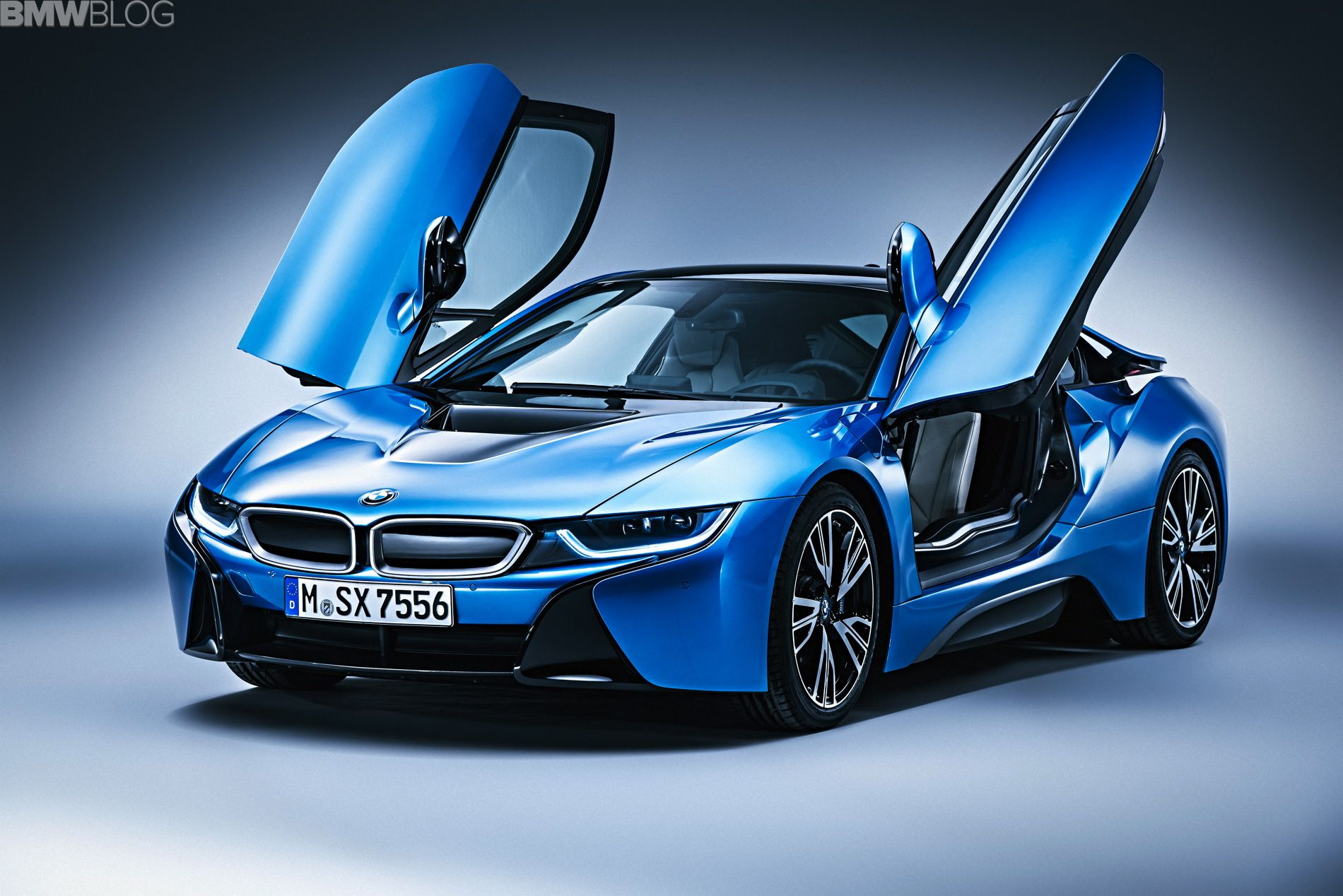 Bmw i8 pure impulse package 02 750x500 2015 bmw i8 photo gallery from los angeles