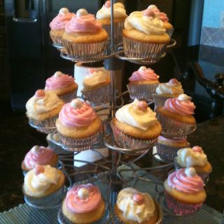 Pink and white mini cupcakes