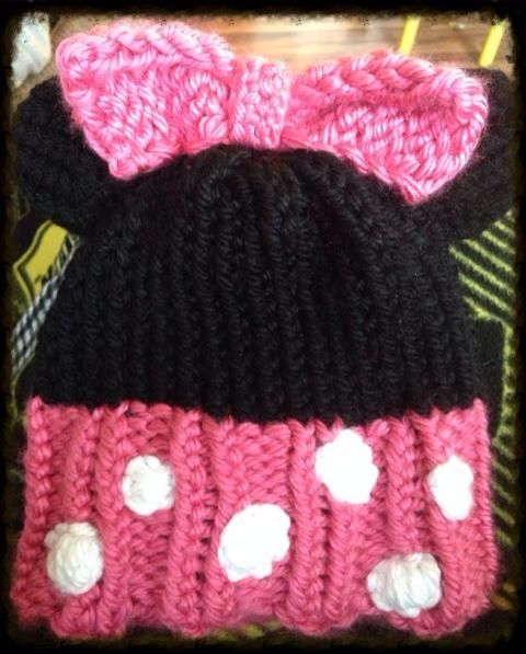 Minnie Mouse Loom Knit Hat | My Creations | Pinterest