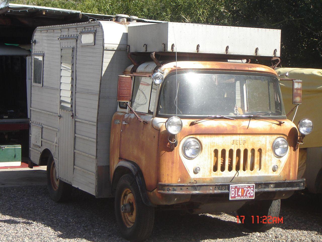 Jeep FC RV