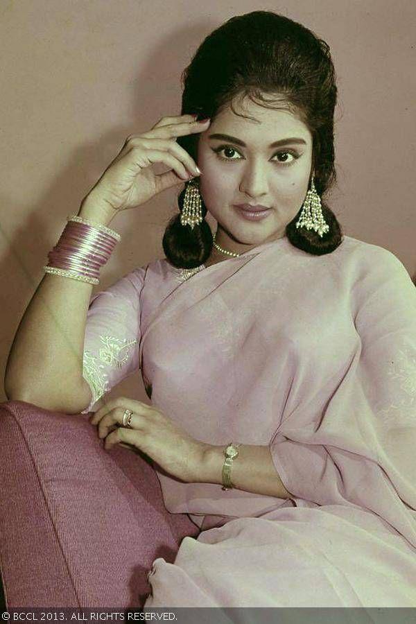 Vyjayanthimala bil vladajoči igralka 50S in 60-9585
