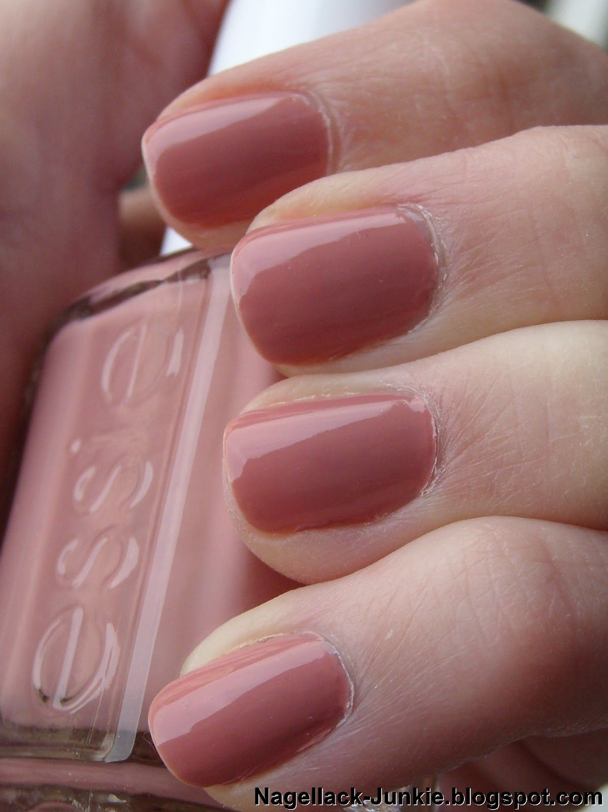 My favorite nail polish: #Essie - Eternal Optimist | Nails ...