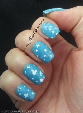 by kat dinges blue white disney nailart bubbles