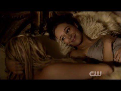 The 100 S3e7 Clarke And Lexa Kiss Say Goodbye Clarke And