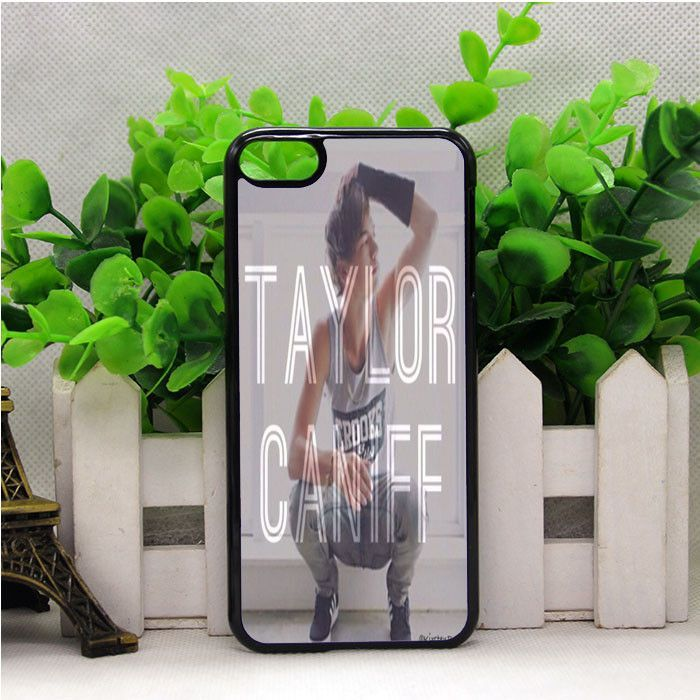 TAYLOR CANIFF 2 IPOD TOUCH 6