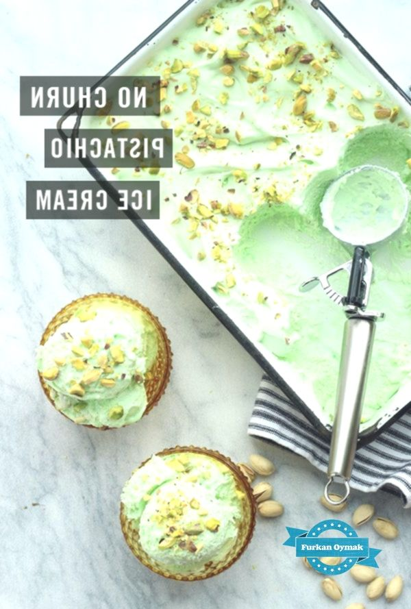 no churn green pistachio ice cream for St.Patrick's day / The Sweet Escape -