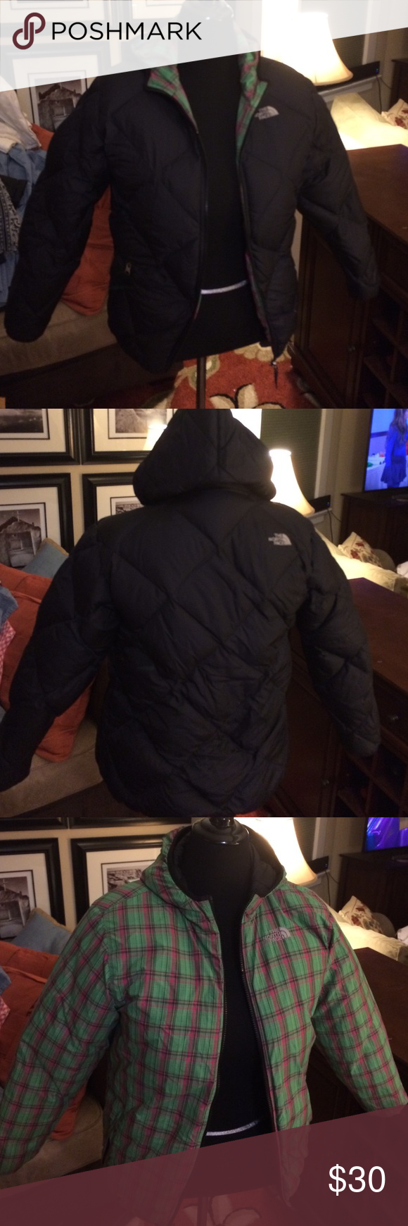Reversible north face puffer coat Zipper needs repair at the top. Can be done at your dry cleaners. This is why it is so cheap. The North Face Jackets & Coats Puffers