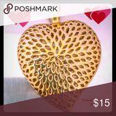 Photo of Durchbohrte goldene Herz Rutsche Halskette Anhänger perfekt für Valentinstag 2 …