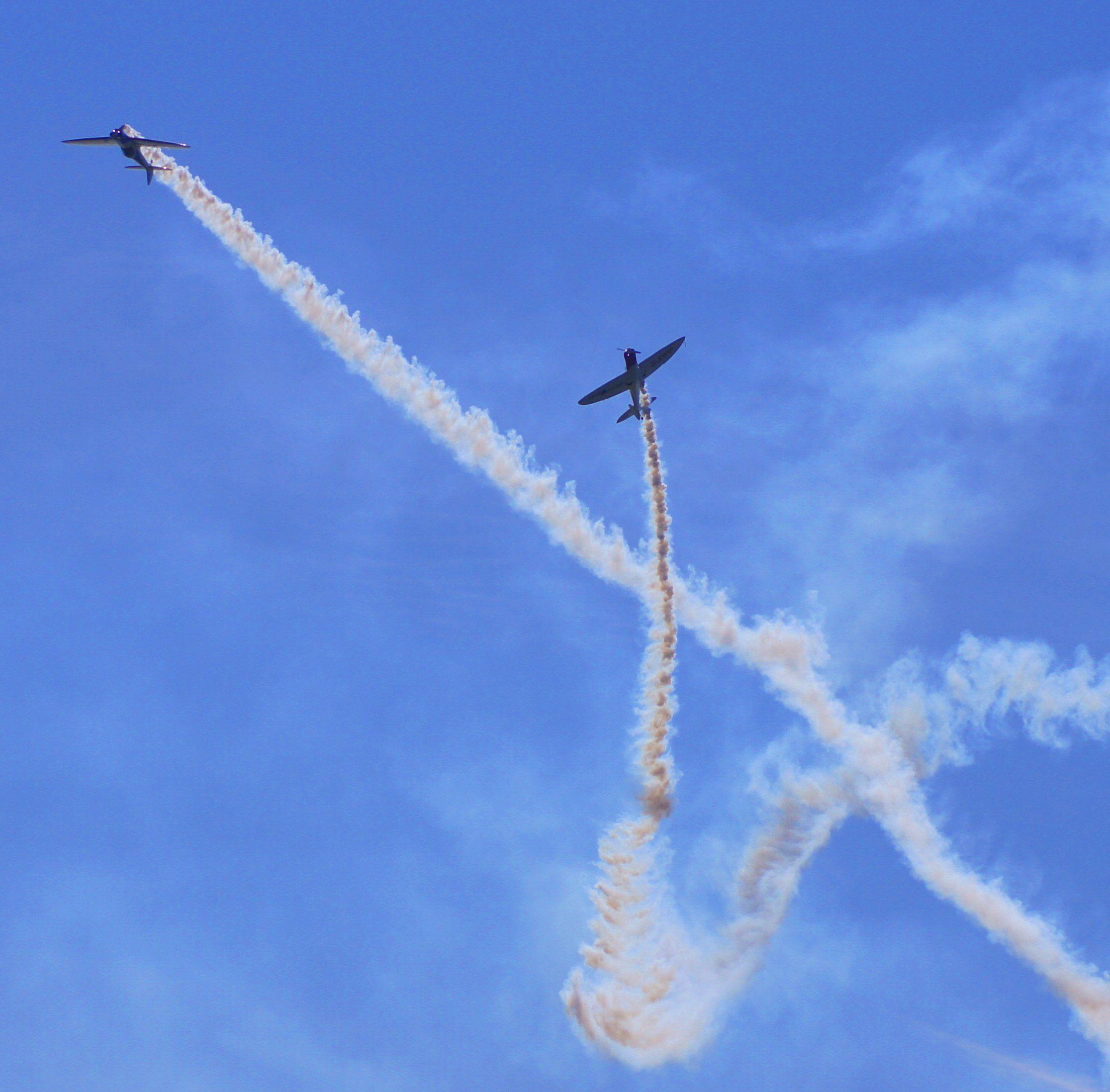 Aerobatics display - Southend airshow