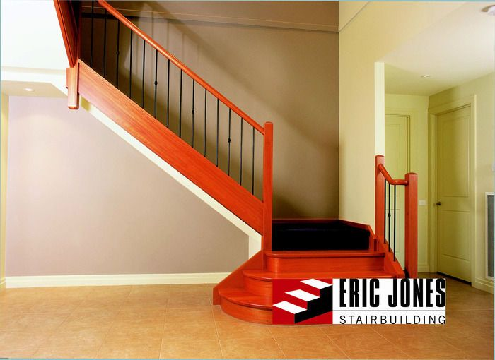 Best Closed Timber Staircase Building Stairs Balustrading Stairs Internal Staircases 400 x 300