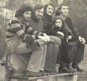 Die Schmetterlinge waren eine österreichische Folk-Politrock-Band der 1970er- und frühen 1980er-Jahre mit kritisch-politischen Texten, die größtenteils von Heinz Rudolf Unger verfasst wurden.
