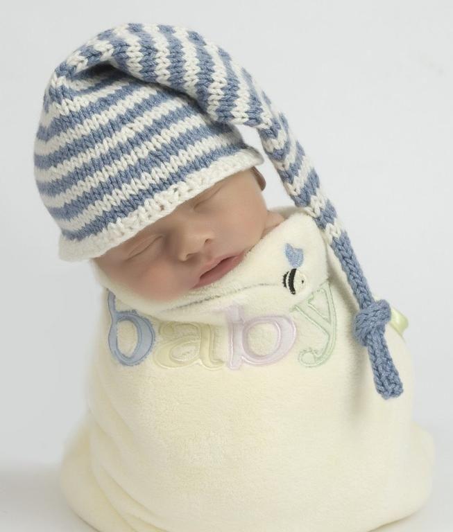 Striped Stocking Cap/Box Hat   Mütze, Strickmütze und Garn