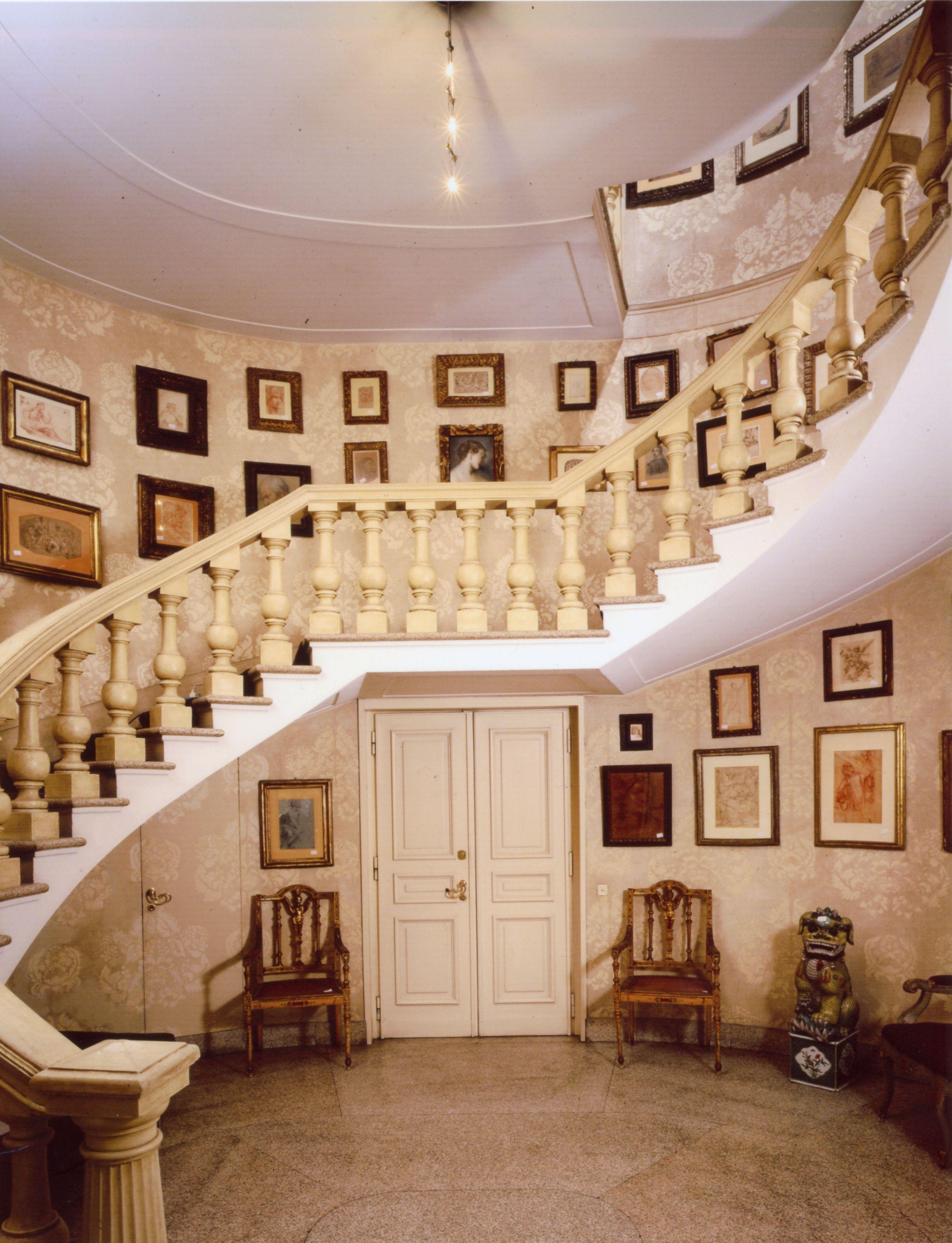 La casa di antonio sozzani con la collezione di disegni for Stili di arredamento interni