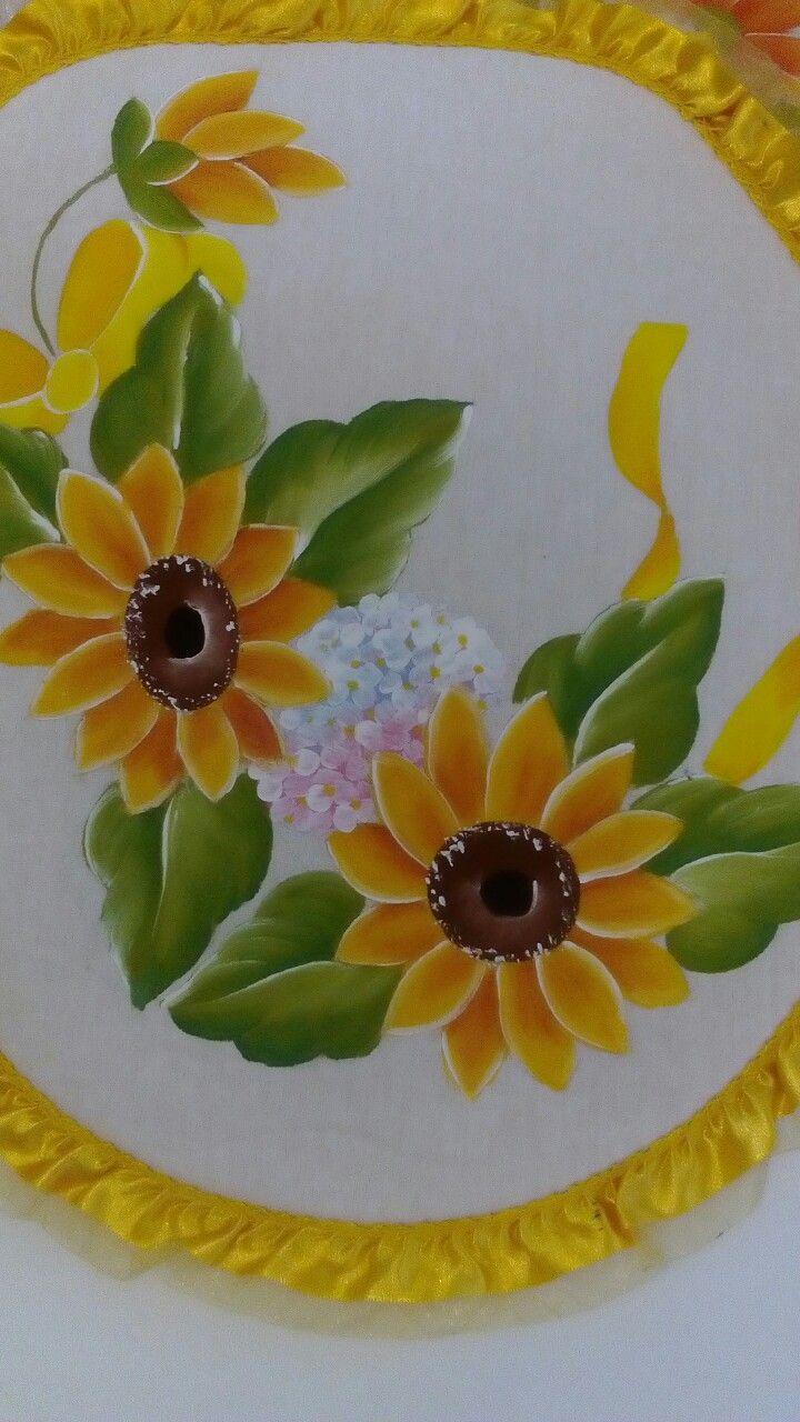 Pin by cg on fabric painting pinterest - Motivos navidenos para pintar en tela ...