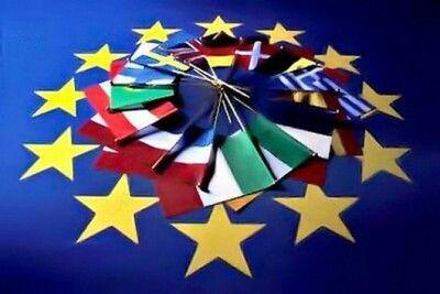 L'EUROPA UNITA? -Vedi alle voci Dante e Joyce -Alla ricerca delle radici profonde della civilta' romanza. Rileggendo i classici antichi e moderni I miti di Ulisse e di Enea, due eroi tra loro opposti, si contendono il primato nel viaggio che ci attende attraverso il nuovo secolo  ----------------------------------------------------------------- PROLUSIONI Primo italiano titolare di cattedra al College de France, Carlo Ossola ha tenuto ieri la lezione inaugurale. Sull' attualita' della…