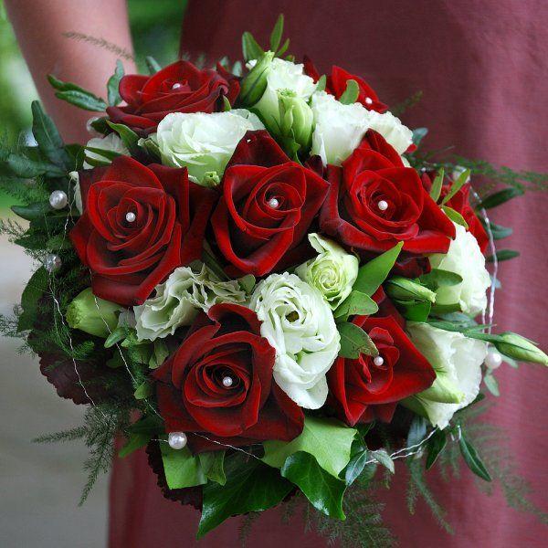 rot wei  HOCHZEIT in 2019  Blumenstrau hochzeit