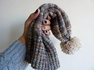 Cute winter hat - free sockhead pattern on Ravelry puts self striping sock  yarn to great use. 7a36c88f1ab