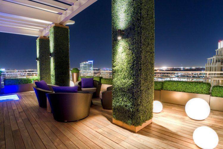 Beleuchtung auf der Dachterrasse mit Kugel-Bodenleuchten Garten - moderne garten mit bambus