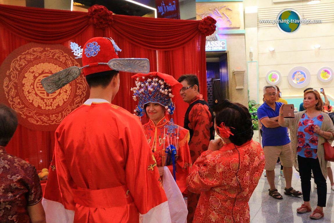 Traditional Chinese Wedding Ceremony - Traditional chinese wedding in penang