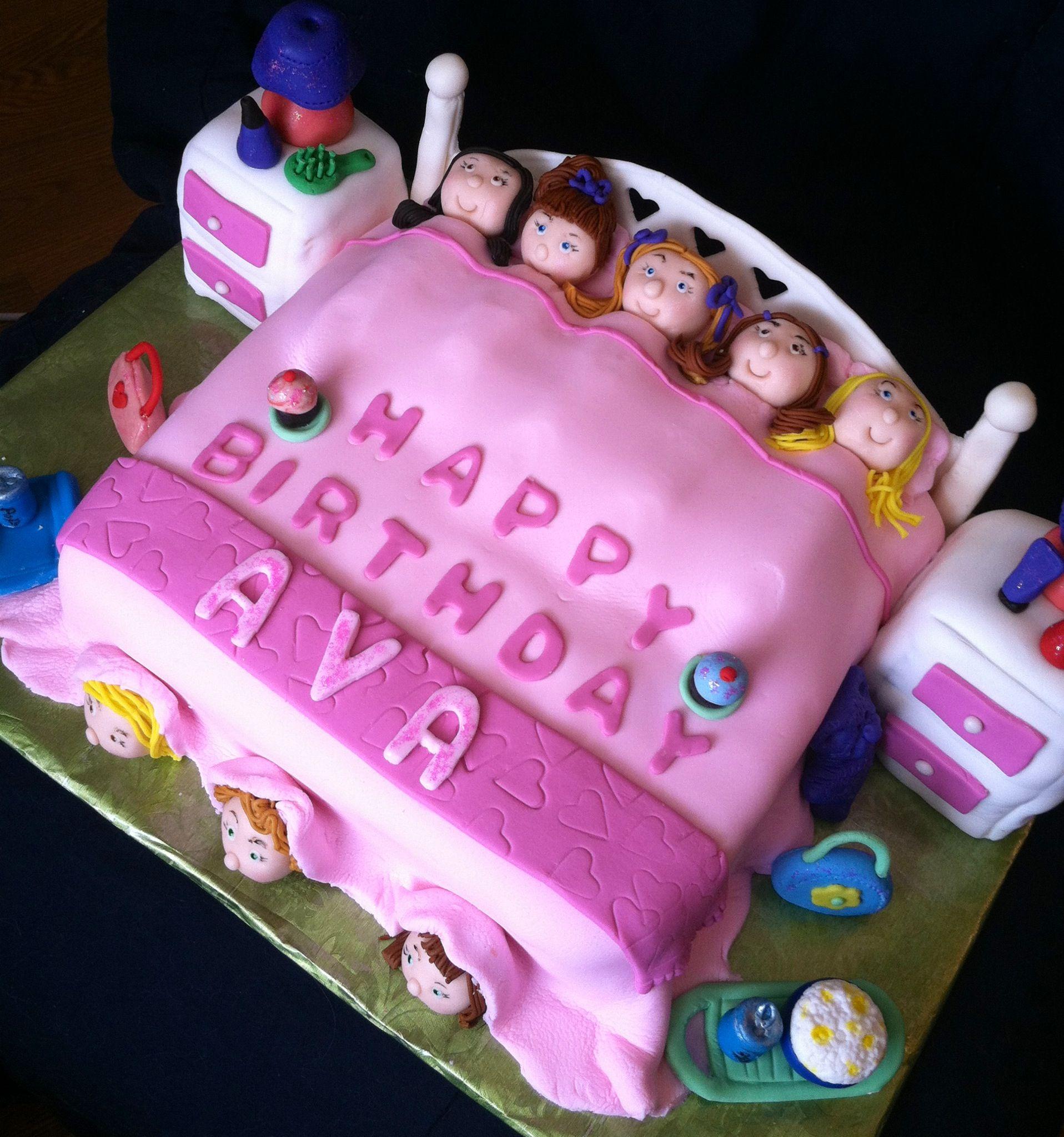 Sleepover cake spa party girls birthday pijamadas Pinterest