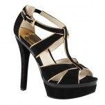 Chaussures aux bordures métalliques