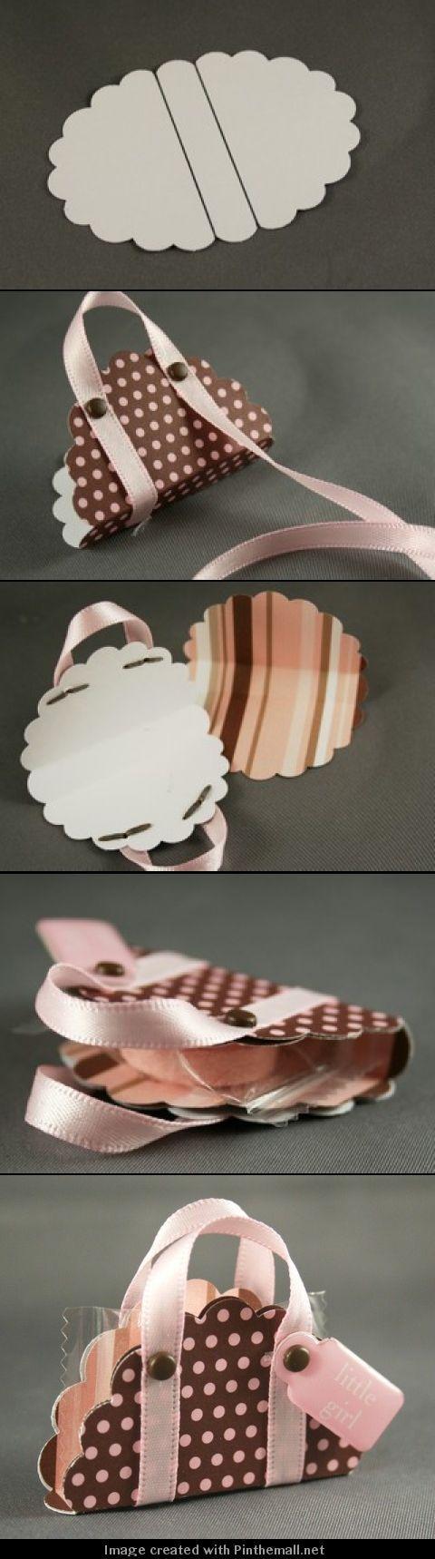 An itty-bitty purse! #DIY