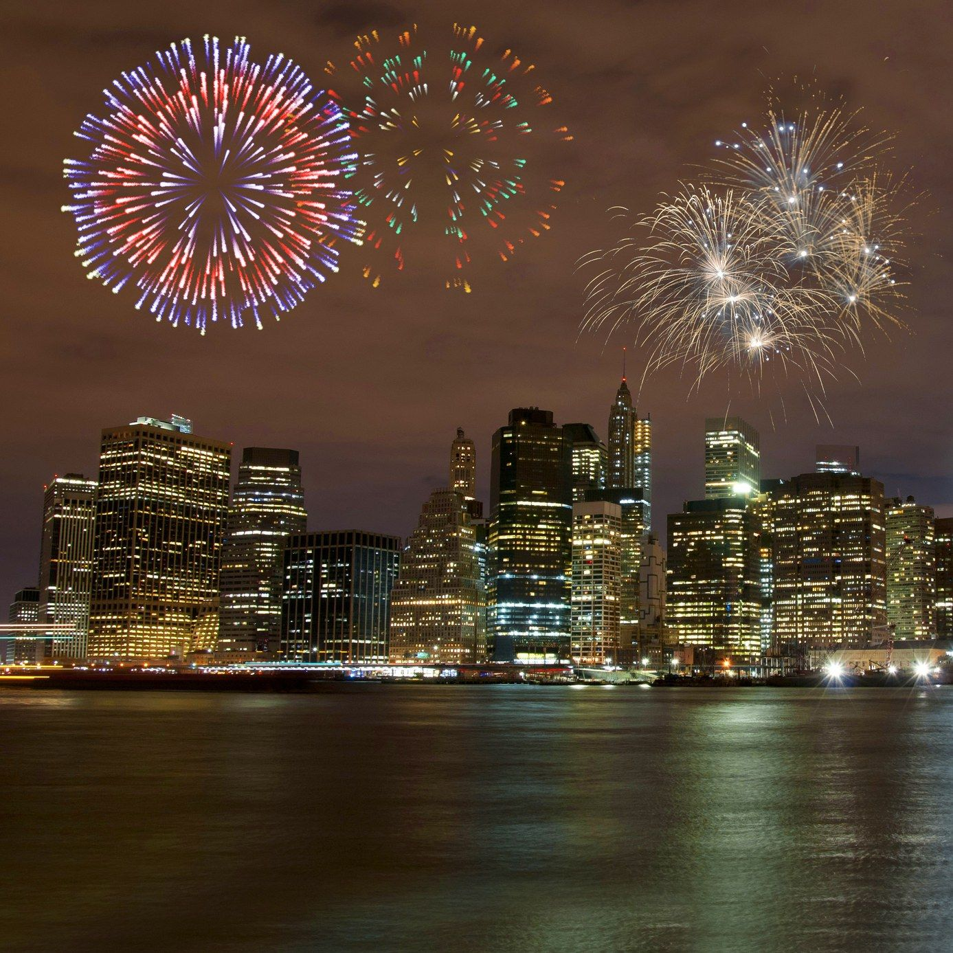 5 Best Italian Restaurants To Celebrate The New Year In Nyc Best Italian Restaurants Fireworks 4th Of July Fireworks