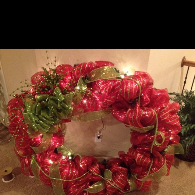 60 inch poly deco mesh christmas wreath great to hang on any house that wont be effected by the weather