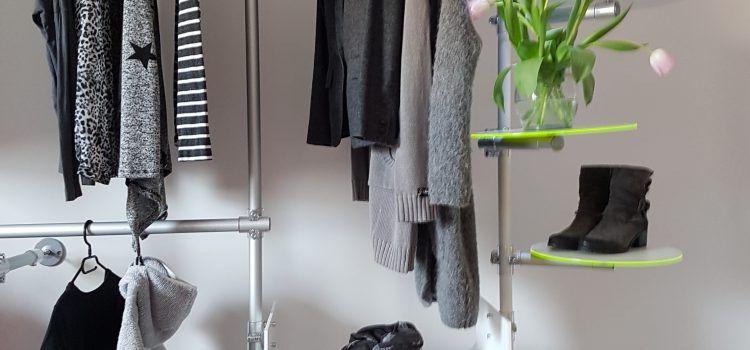 Trennwände Raumteiler praxiseinrichtungen in modernen farben garderobe trennwände