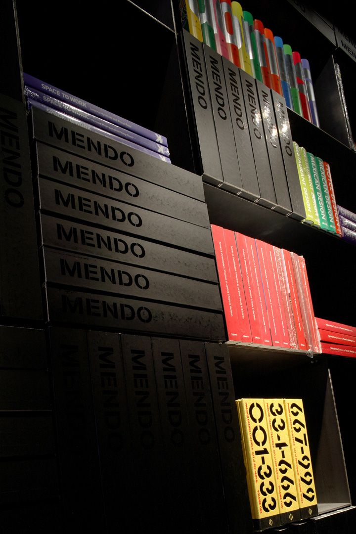 Design bookshop by Mendo Retail Pinterest Librerías