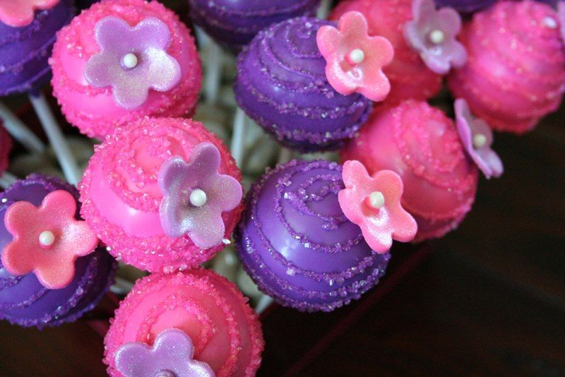 Cute Pink & Purple cakepops