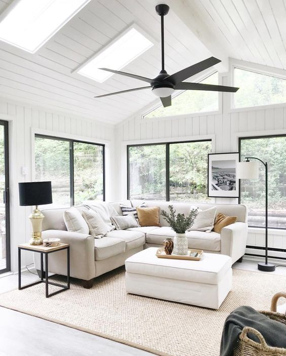 40 Cozy Modern Farmhouse Sunroom Design Ideas in 2020 ...
