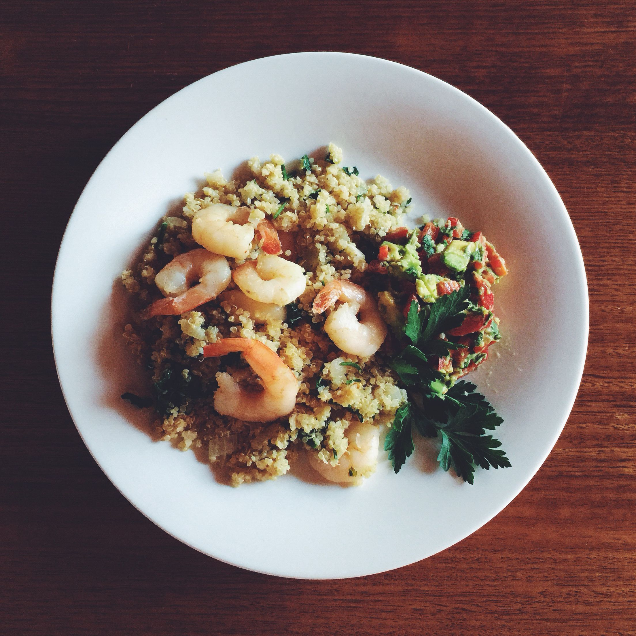 Lemon and Garlic Prawns with Quinoa and Avocado Salsa. Week 3 #iqs8wp #iqs #iquitsugar #iqsjerf