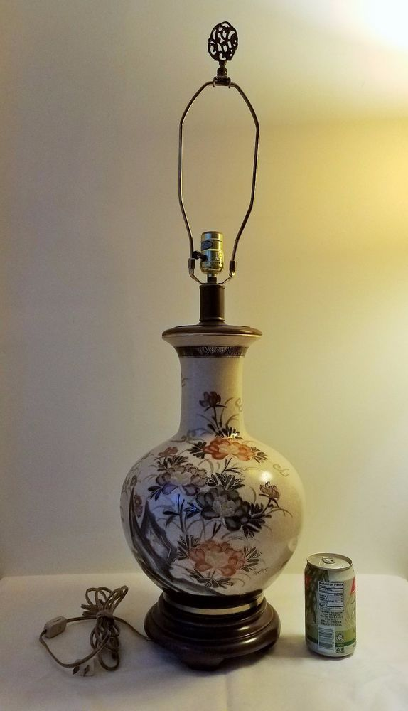 Vintage Japanese Table Lamp Porcelain Painted Flower And Signed Ebay Japanese Table Ceramic Table Lamps Lamp