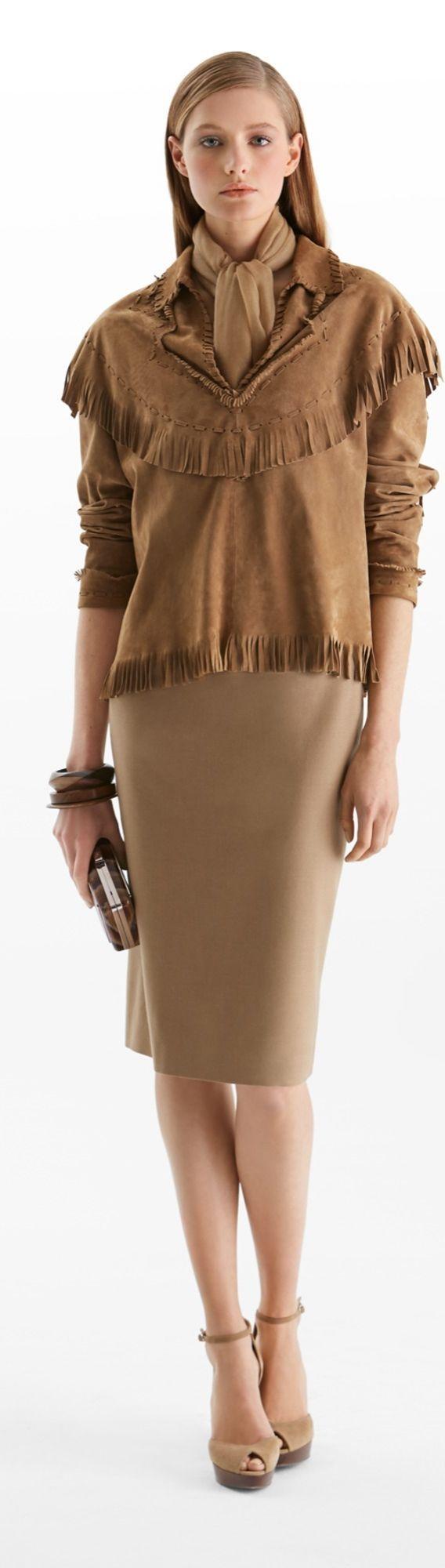 ralph lauren   ♚ Fashionable Footwear ♚   Pinterest   Jupes crayon ... 1f39ffe2f00