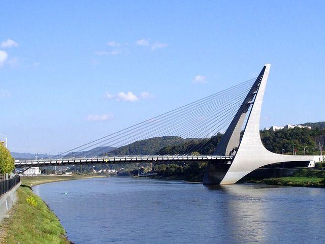 suspension bridge - Google 搜尋