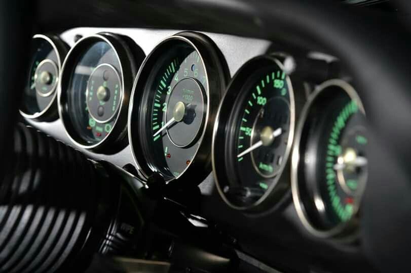 Singer | 912 | Singer vehicle design, Porsche, Custom porsche