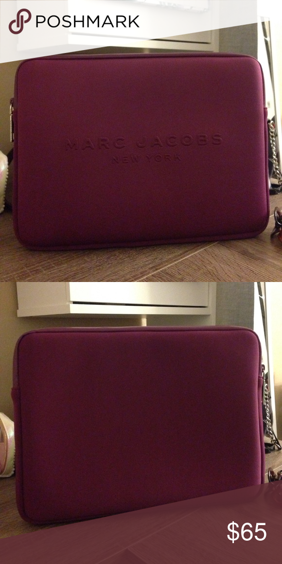 wholesale dealer c36b1 5b5f0 Marc Jacobs Laptop Sleeve NWOT Maroon MJ laptop sleeve that fits ...