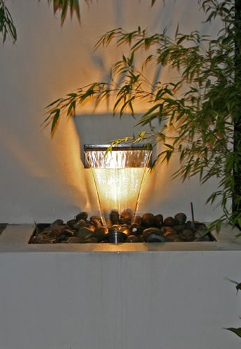 Dise o de jard n moderno en londres su pileta 6 jardines for Jardines modernos