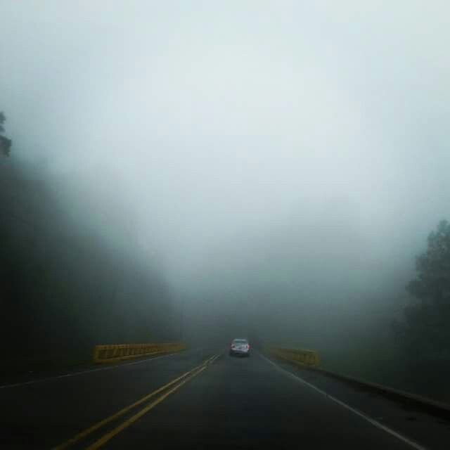 Carretera norte de Honduras, Centro America. Bellos los paisajes de mi pais. (Lago de Yojoa)