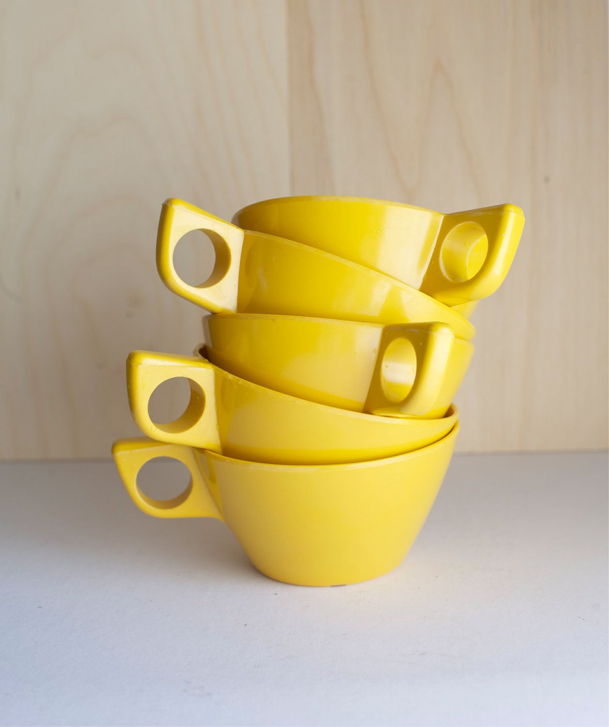 Yellow Cups, I'm sure I have these in Teal in storage somewhere,
